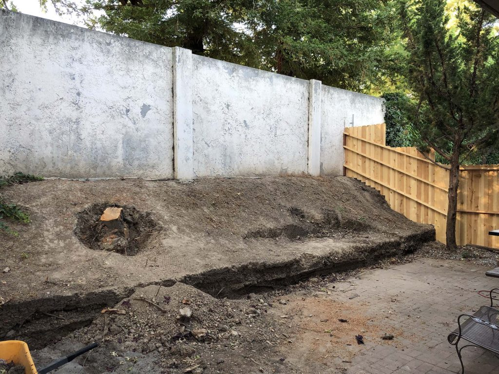 Retaining Wall Installation by CuttingEdge Landscaping